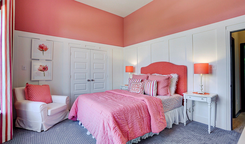 Bedroom-in-Hayden-at-Woodshore-in-Clute