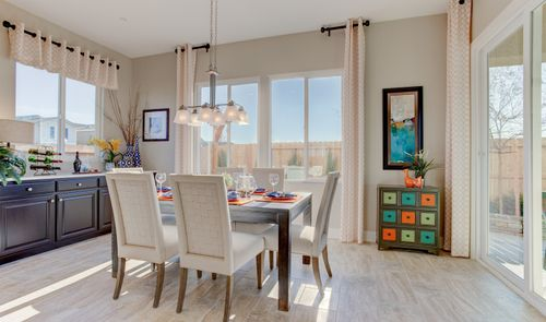 Dining-in-Prairie-at-Ladd Ranch II-in-Hollister