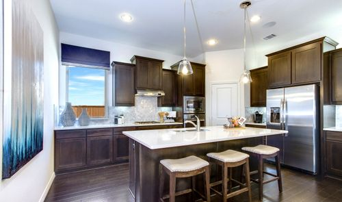 Kitchen-in-Lynnwood III-at-Liberty-in-Melissa