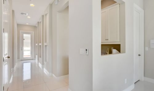 Foyer-in-Sinclaire-at-Coral Lago-in-Coral Springs