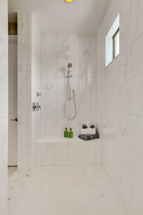 Bathroom-in-Sinclaire-at-Coral Lago-in-Coral Springs