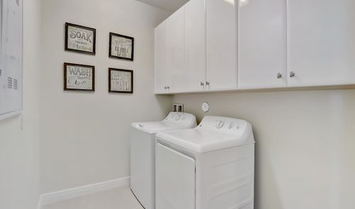 Laundry-in-Vitale-at-Coral Lago-in-Coral Springs