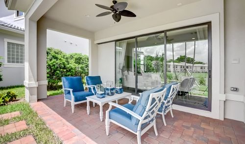 Patio-in-Vitale-at-Coral Lago-in-Coral Springs