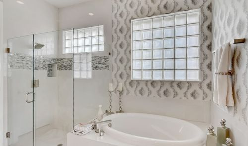 Bathroom-in-Wheatley-at-Coral Lago-in-Coral Springs