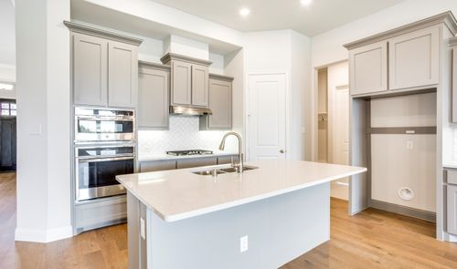 Kitchen-in-Danbury III-at-Trailwood-in-Roanoke