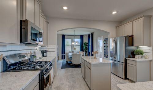 Kitchen-in-Juniper II-at-Sunset Ridge-in-Humble