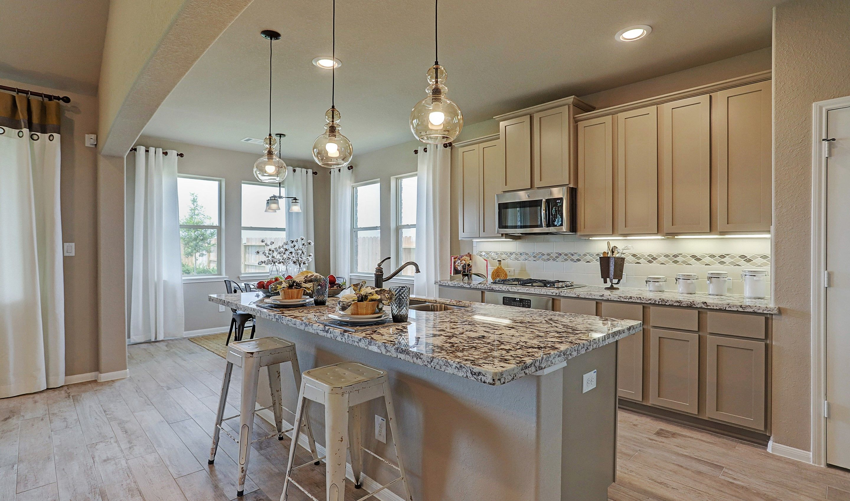 Kitchen-in-Blakemore II-at-Sunset Ridge-in-Humble
