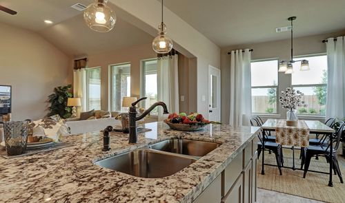 Greatroom-and-Dining-in-Blakemore II-at-Creek Bend-in-Richwood