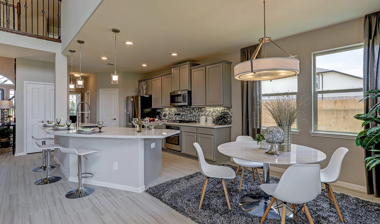 Kitchen-in-Easton II-at-StoneCreek Estates-in-Rosenberg