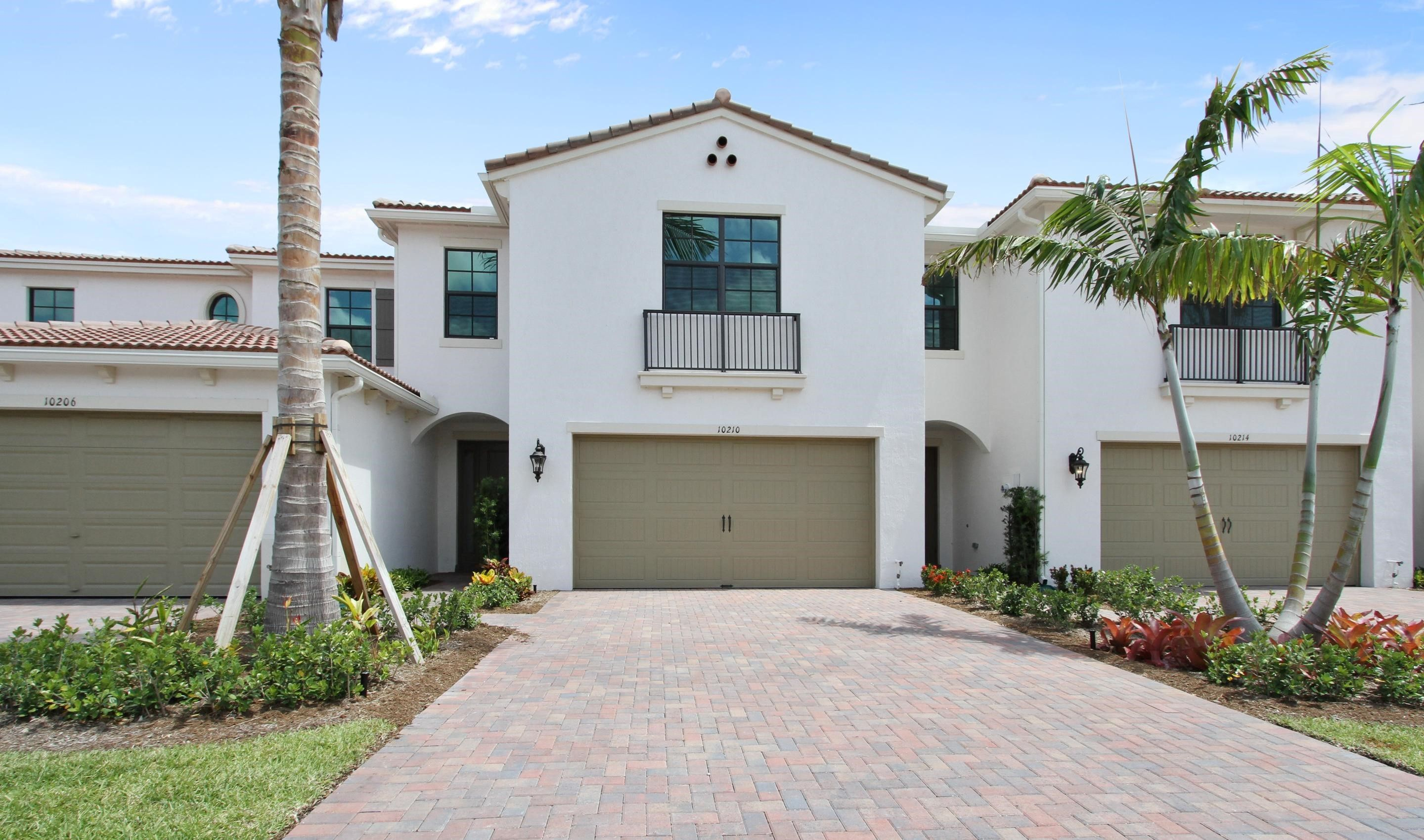 Exterior featured in the Bonaire II By K. Hovnanian® Homes in Palm Beach County, FL