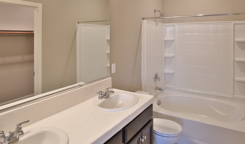 Bathroom-in-Sierra-at-Aspire at Sun Valley-in-Coalinga