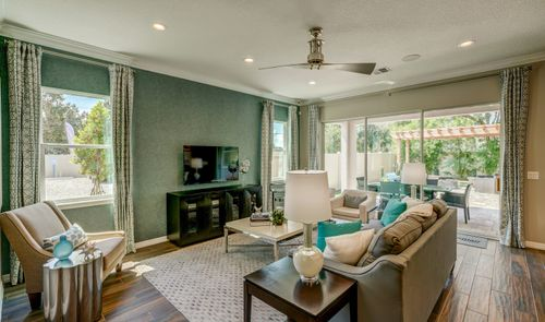 Greatroom-and-Dining-in-Michelson-at-Magnolia at Westside-in-Davenport