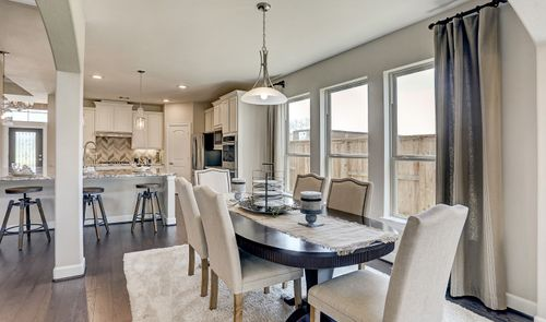 Kitchen-in-Millie-at-Woodshore-in-Clute