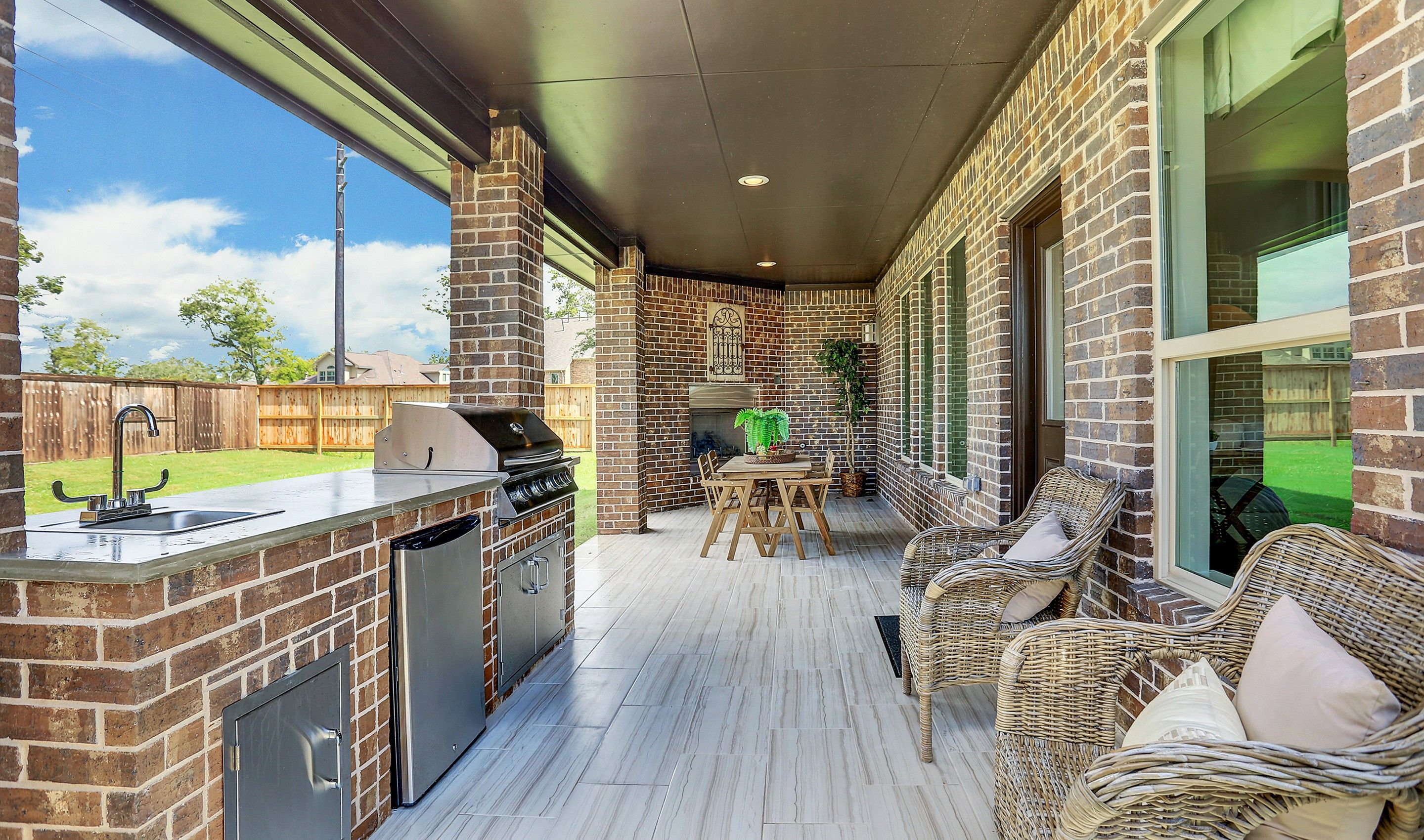 Patio-in-Millie-at-Woodshore-in-Clute