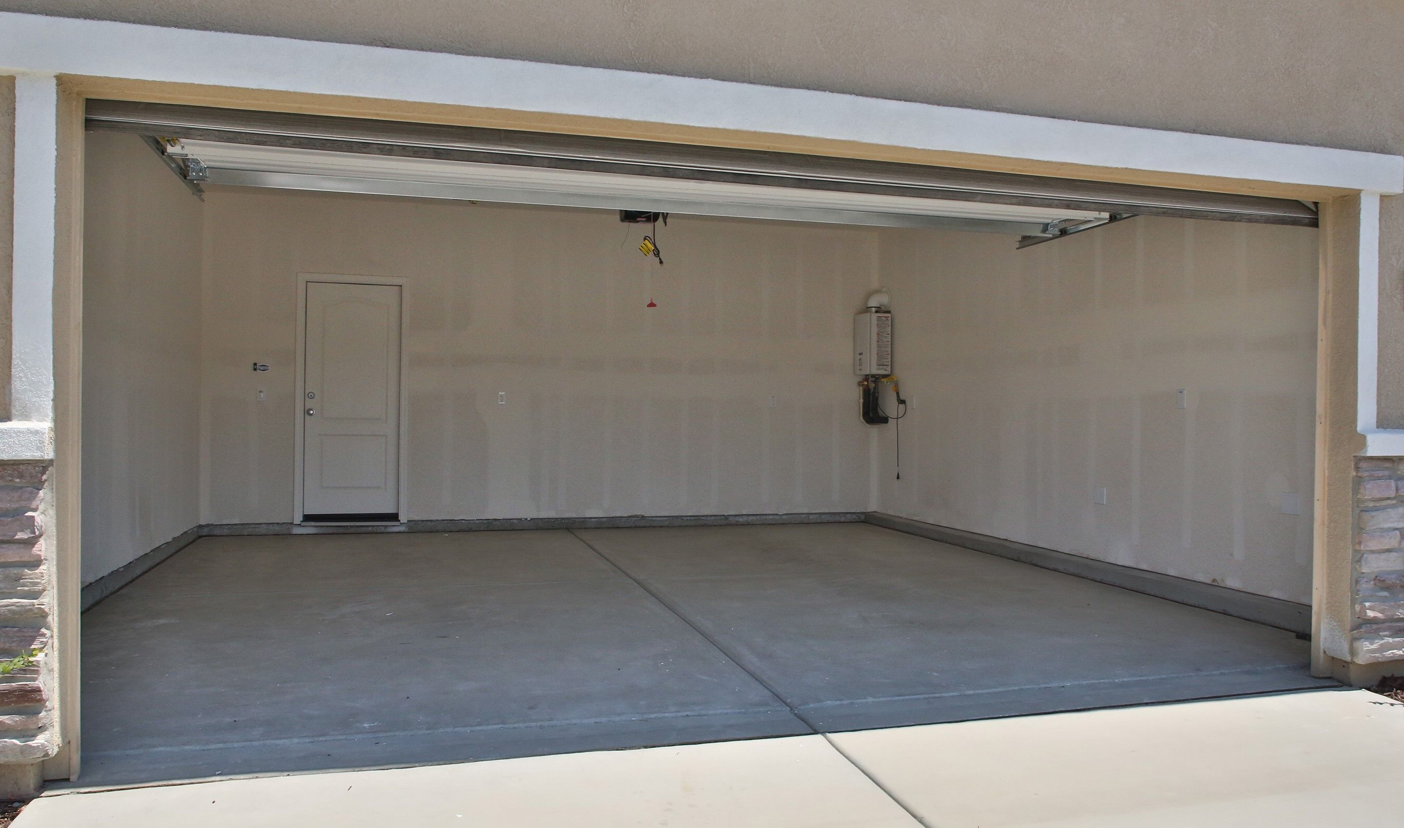 Garage-in-Sierra-at-Aspire at Sun Valley-in-Coalinga