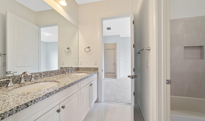 Bathroom-in-Hawthorne-at-Sterling Ranch-in-Davie