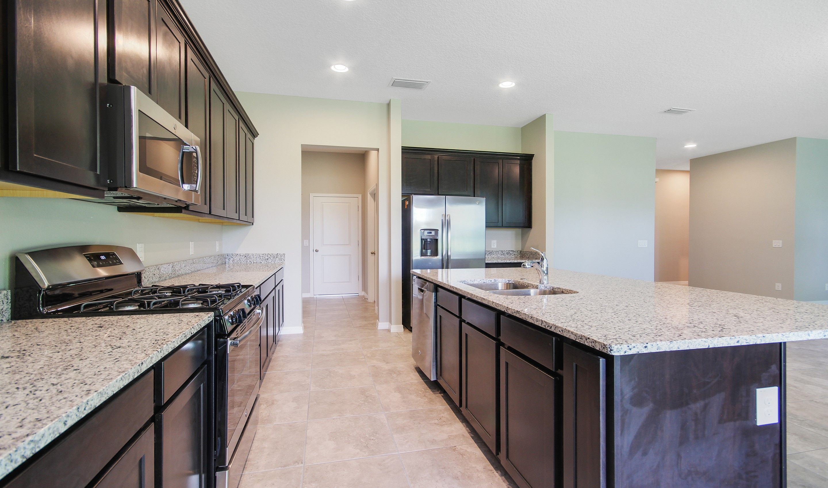 Kitchen-in-Bessemer-at-Ocoee Landings-in-Ocoee