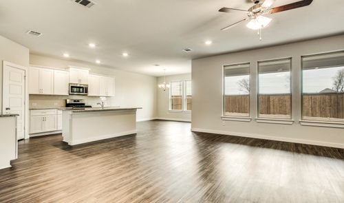 Kitchen-in-Wedgewood II-at-Ascend at Wellington-in-Fort Worth