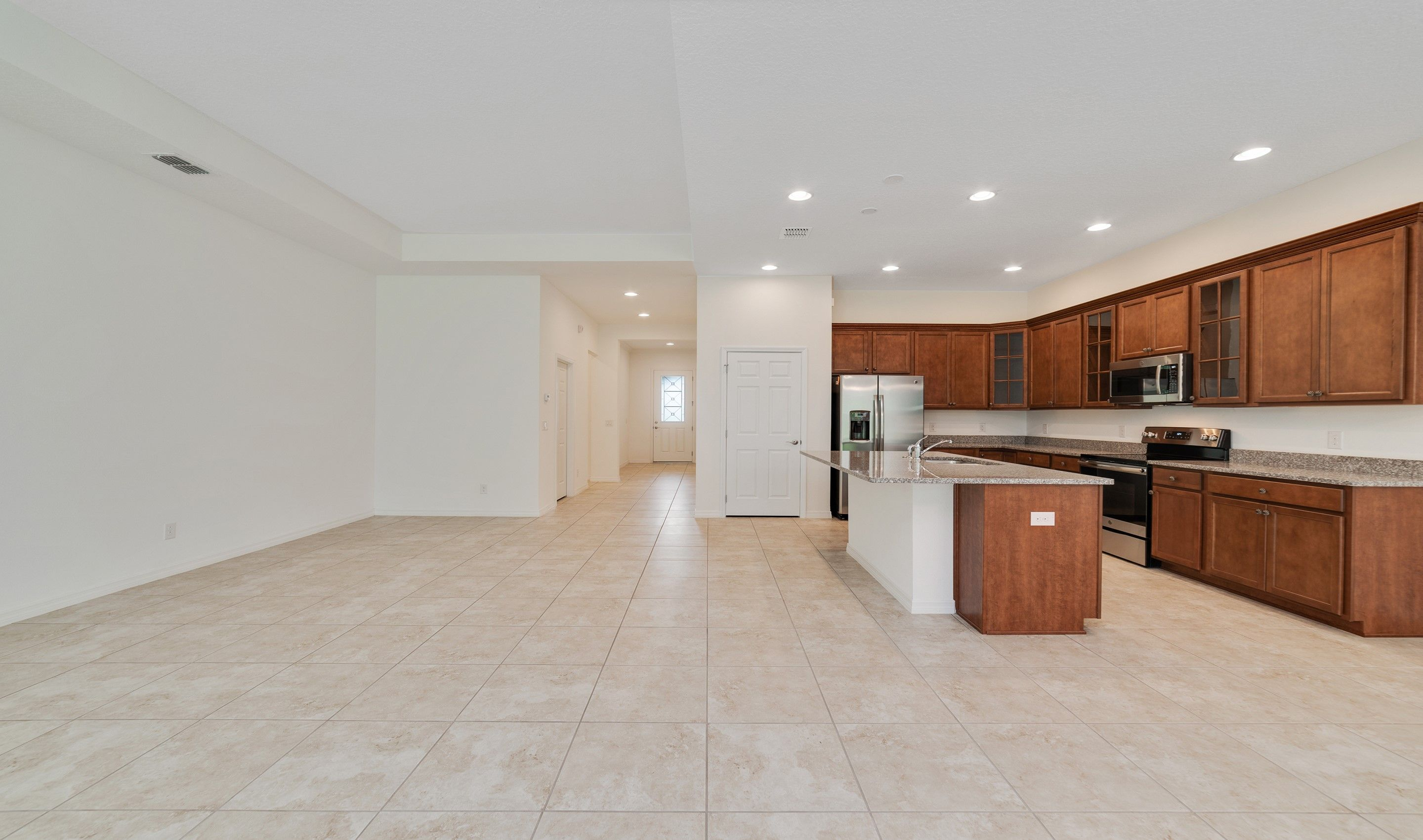 Kitchen-in-San Andres-at-Hilltop Reserve-in-Apopka