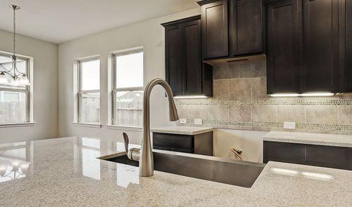 Kitchen-in-Blakemore II-at-StoneCreek Estates-in-Rosenberg