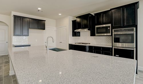 Kitchen-in-Samantha-at-Magnolia Creek-in-League City