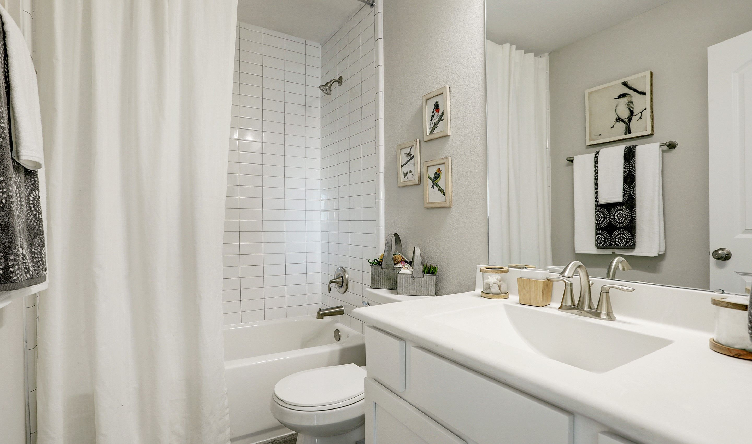 Bathroom-in-Palmer II-at-Forest Heights-in-Alvin