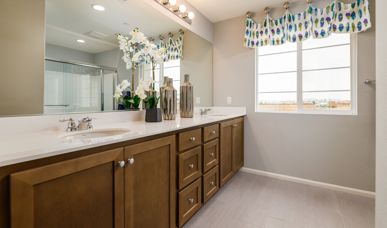 Bathroom-in-Dione-at-Luna Vista-in-Victorville