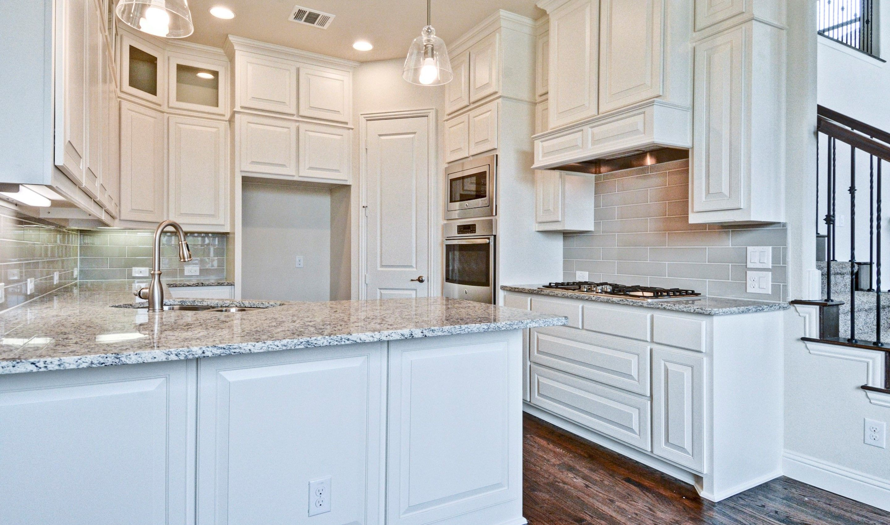 Kitchen-in-Glenchester-at-Palisades-in-Richardson