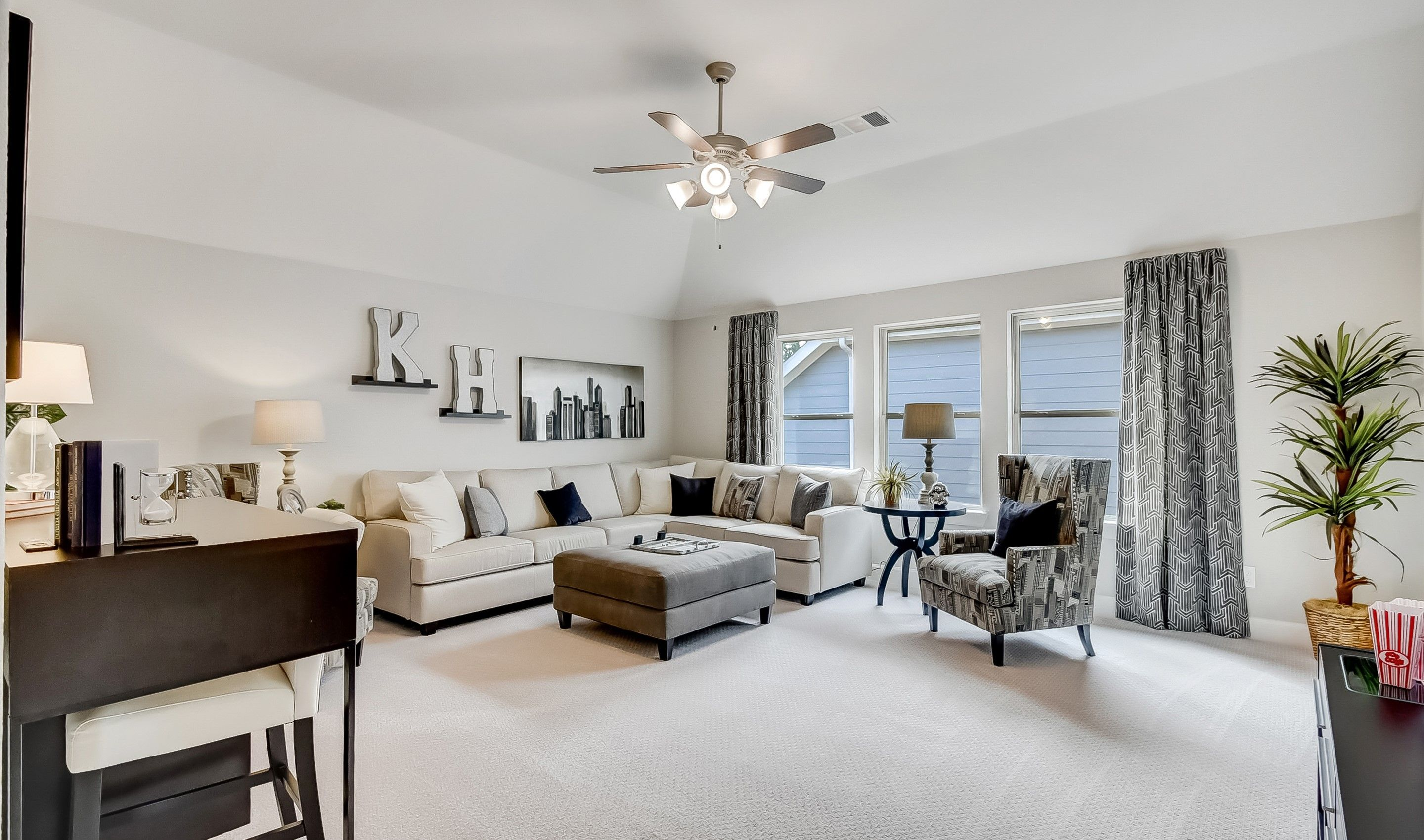 Living Area featured in the Clarendon By K. Hovnanian® Homes in Houston, TX