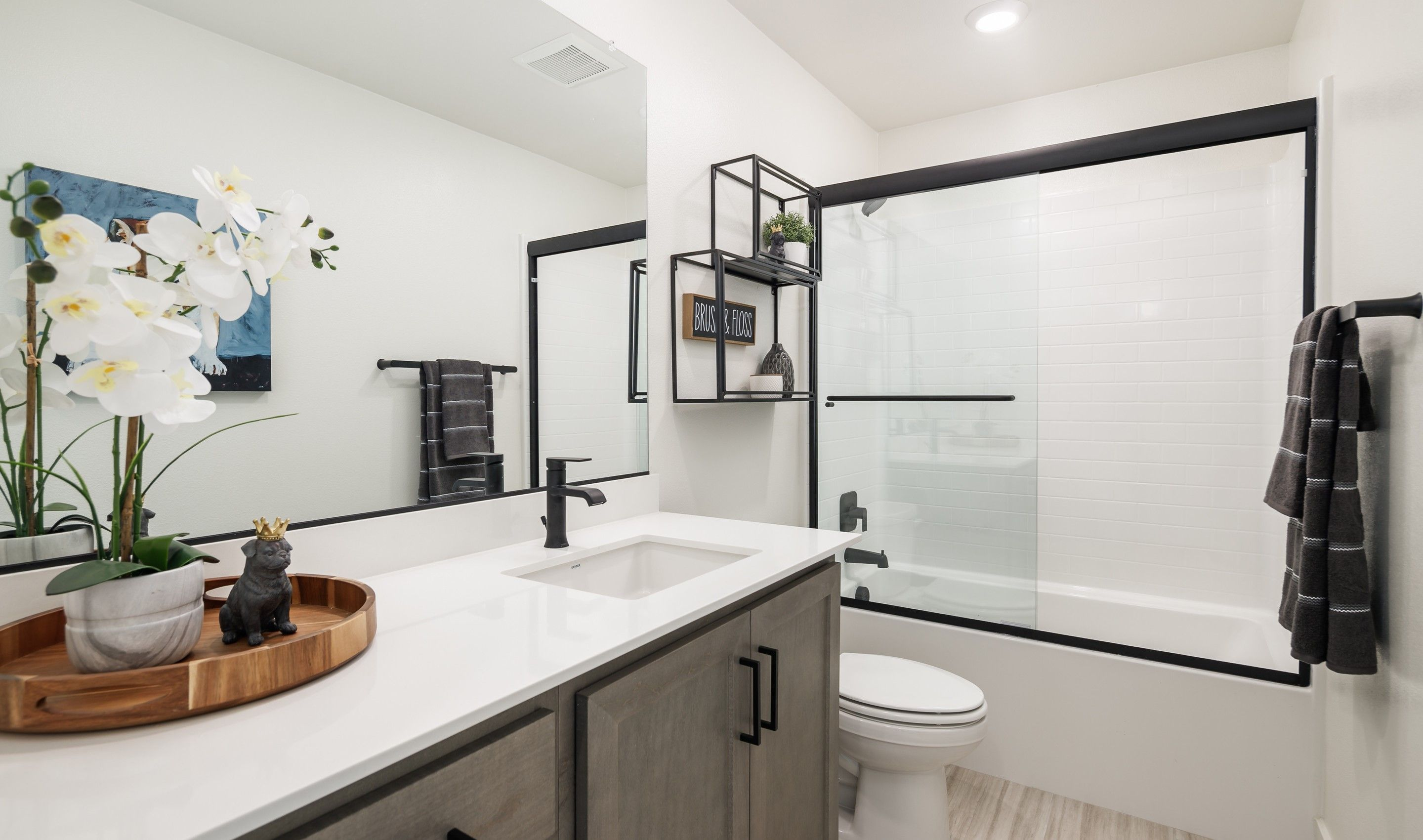 Bathroom featured in the Golden By K. Hovnanian® Homes in Ventura, CA