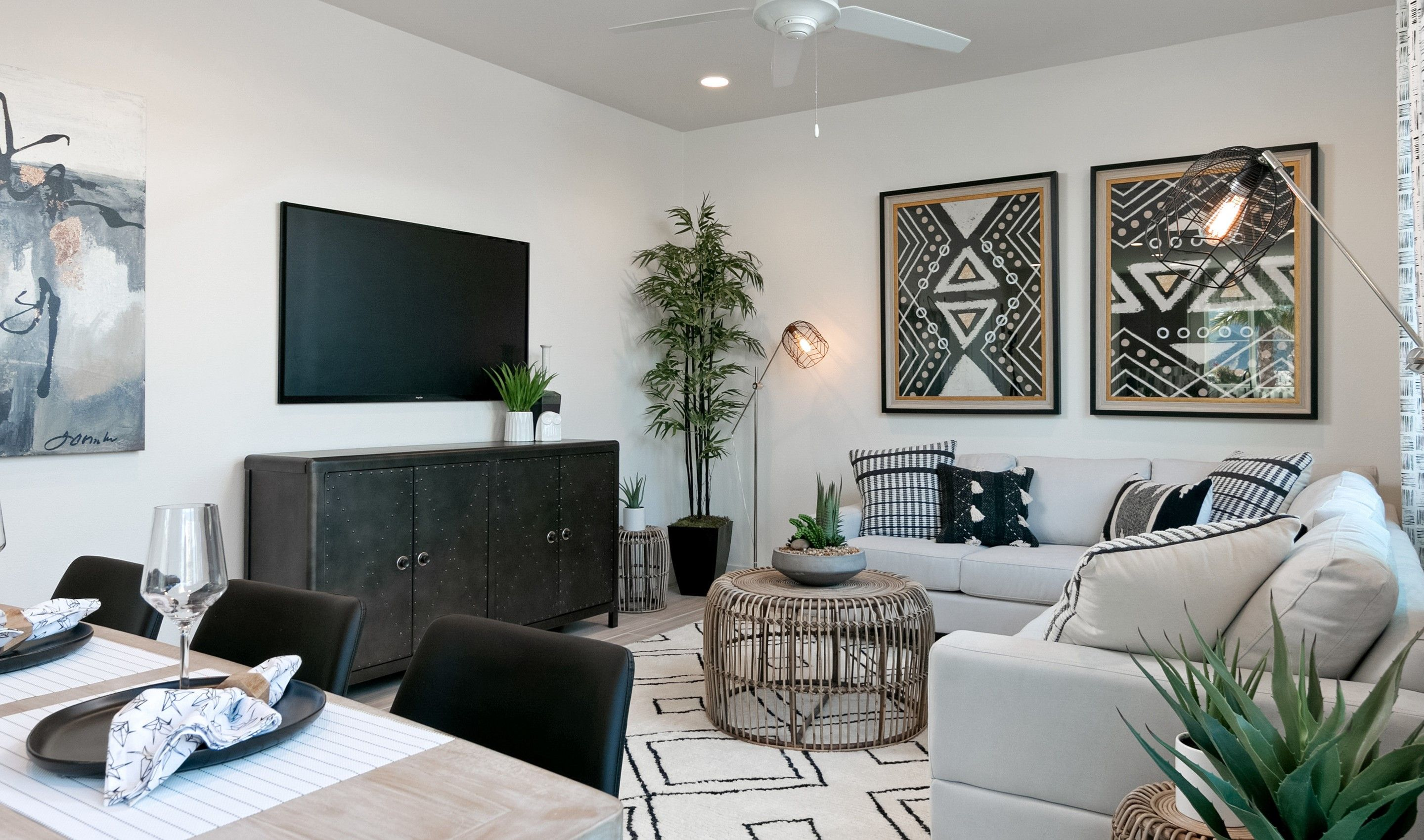 Living Area featured in the Golden By K. Hovnanian® Homes in Ventura, CA