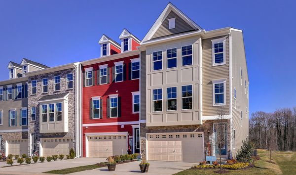 Exterior Bennington I Towns at Wades Grant New Townhomes Millersville Maryland 2880 x 1700