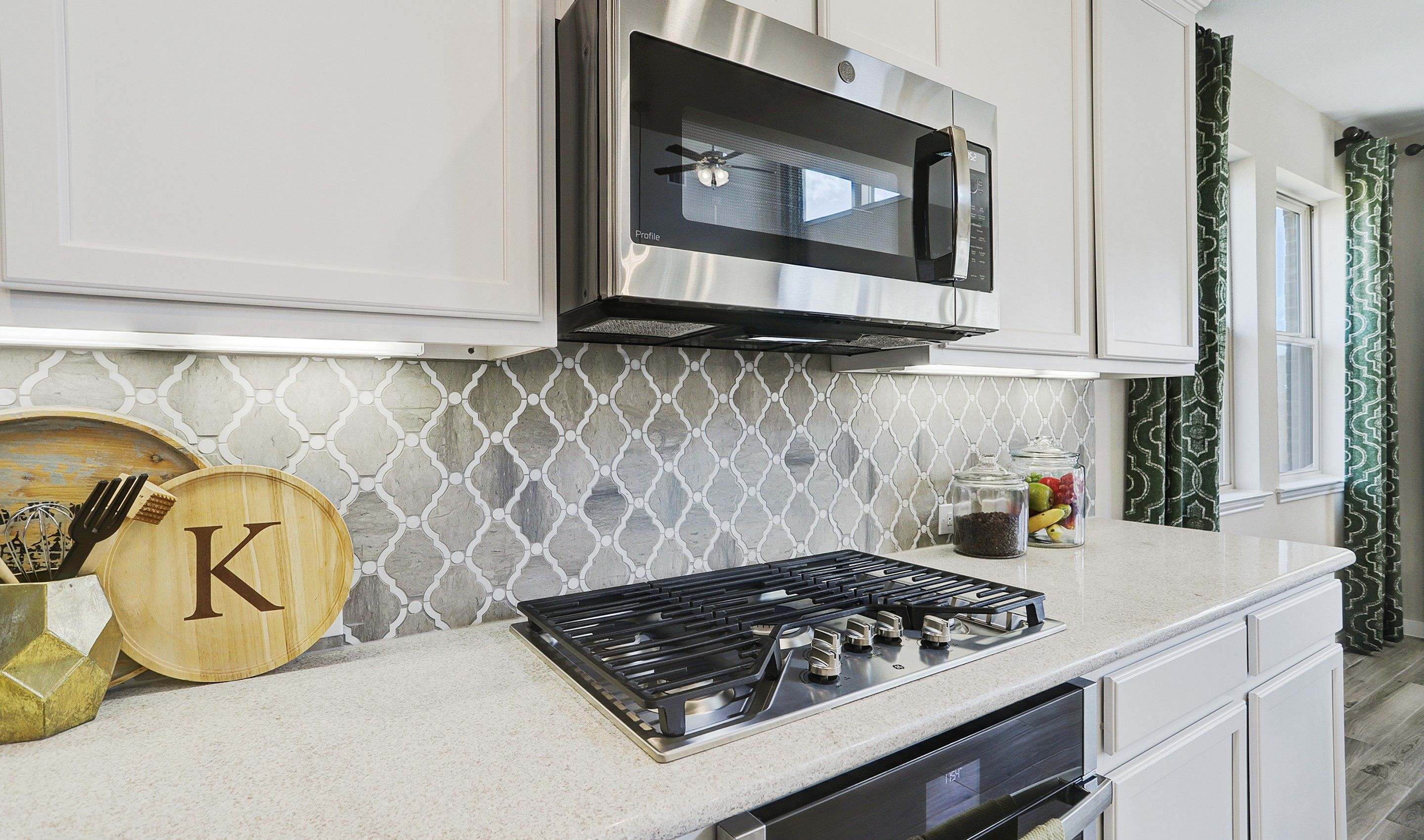 Kitchen featured in the Walton II By K. Hovnanian® Homes in Brazoria, TX