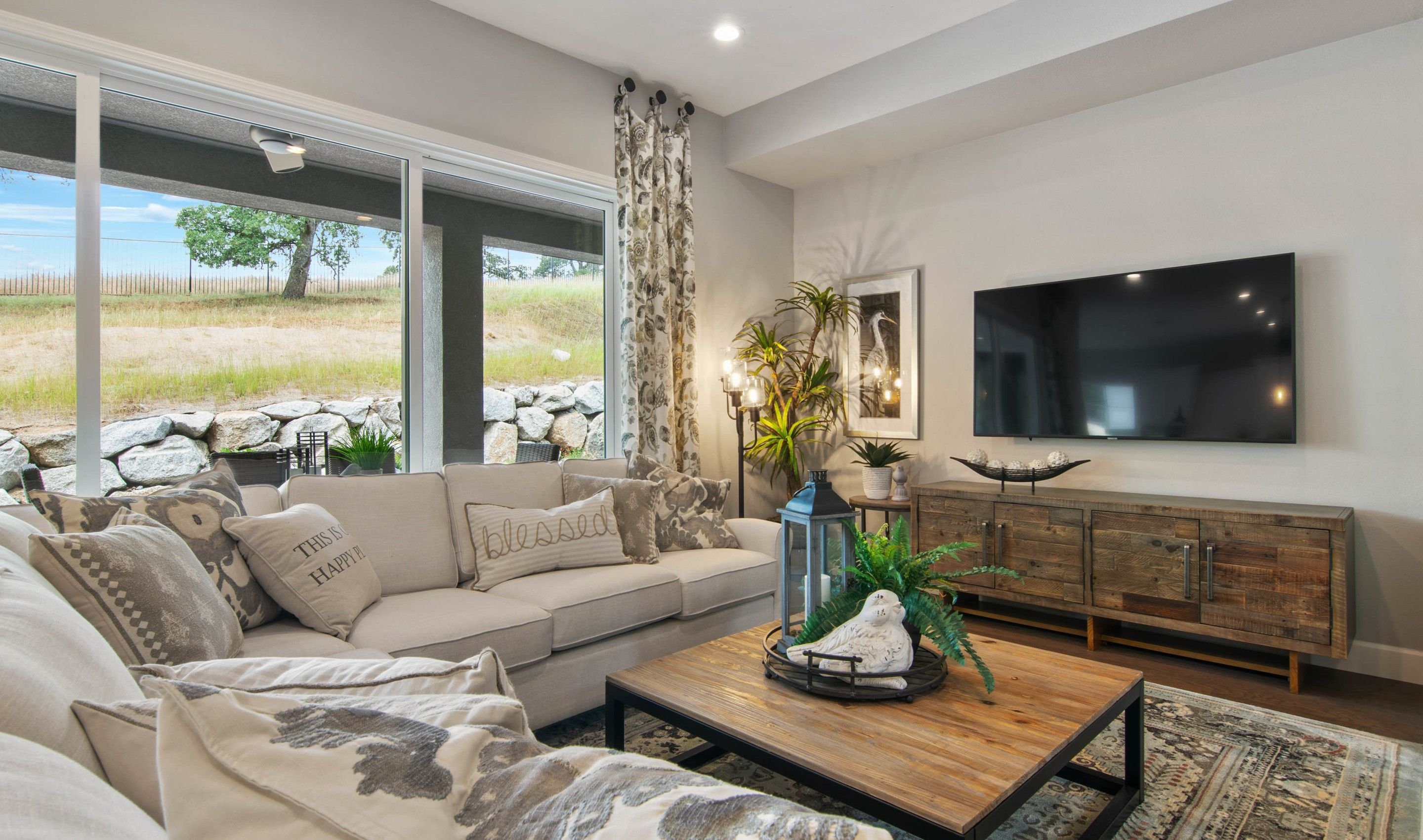Living Area featured in the Vivien By K. Hovnanian® Homes in Sacramento, CA