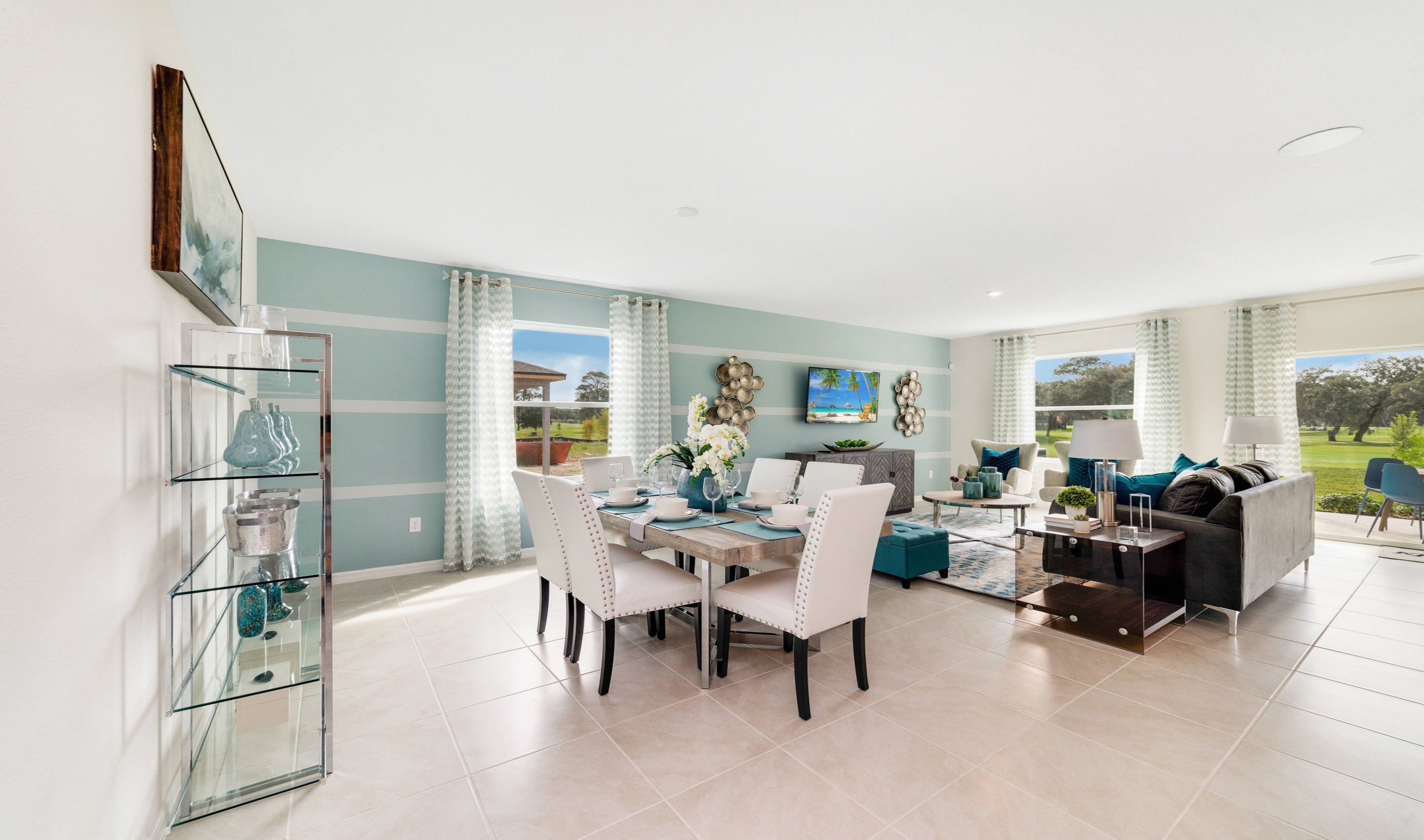 Living Area featured in the Dupont By K. Hovnanian® Homes