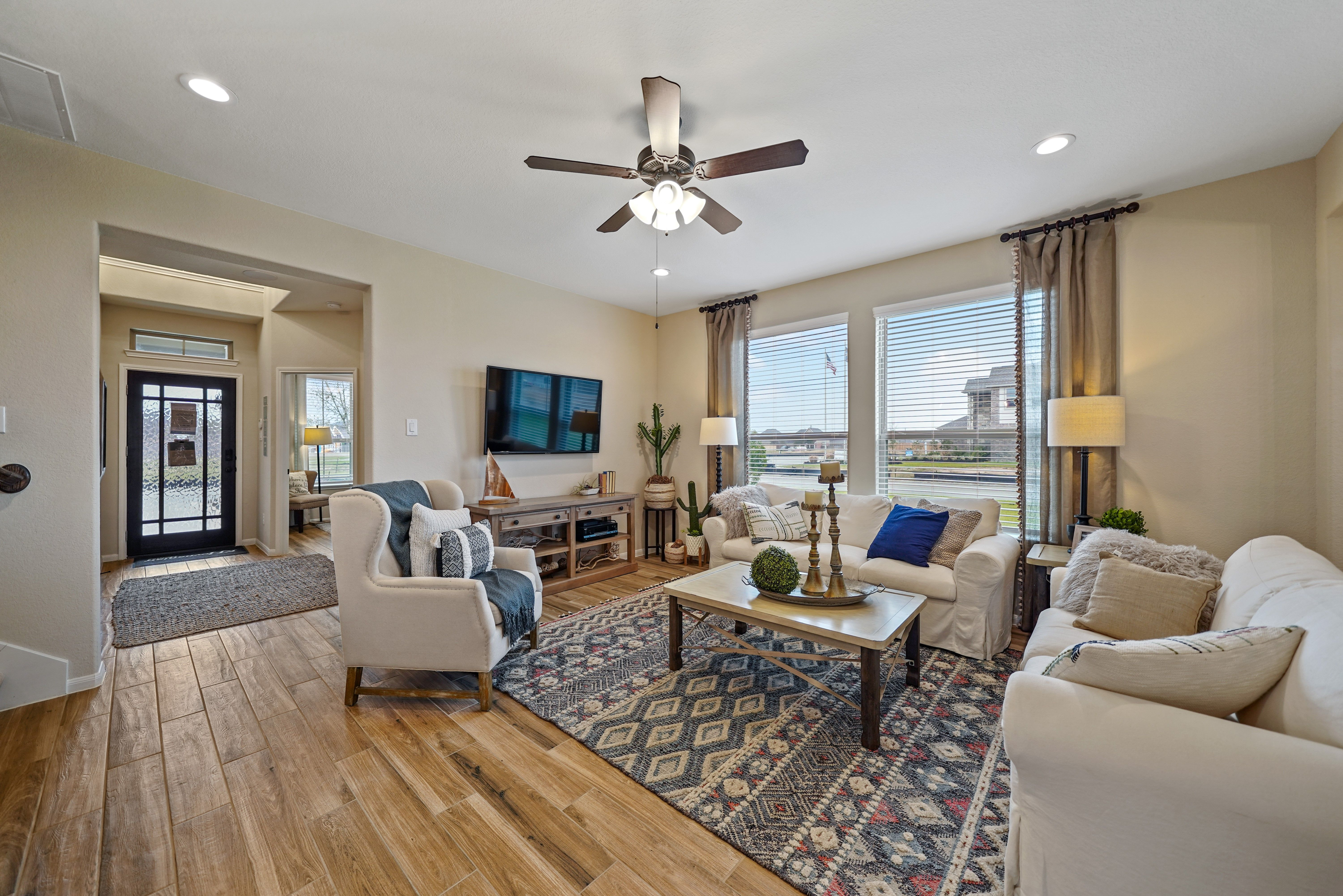 Living Area featured in the Hoover II By K. Hovnanian® Homes in Brazoria, TX