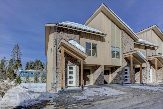 9 Adventure Ave (Elkhorn Townhome - Downhill B - end unit)