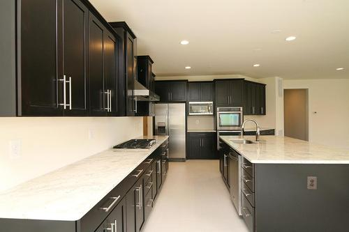 Kitchen-in-Kenwood-at-The Reserve at Brightwell Crossing-in-Poolesville