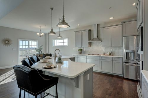 Kitchen-in-Nottingham Heritage-at-Mount Airy-in-Shrewsbury