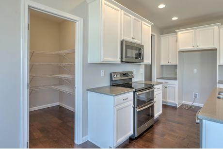 Kitchen-in-Brentwood Heritage-at-Cool Springs at Charlestown-in-North East