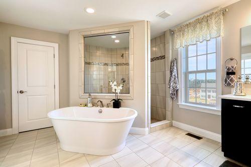 Bathroom-in-Parker Heritage-at-Cloverfield Farms-in-Stewartstown