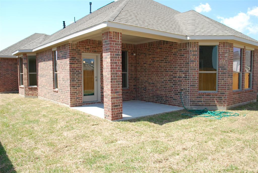 Exterior featured in The Paige By Kinsmen Homes  in Beaumont, TX