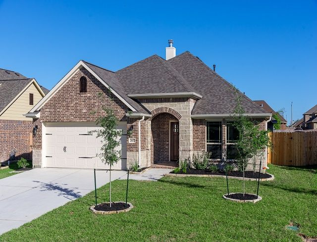 The Alyssa Home Plan By Kinsmen Homes In Houston Area