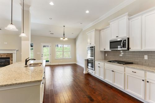 Kitchen-in-The Grayson-at-Wyndham South/Gate & The Estates-in-Opelika