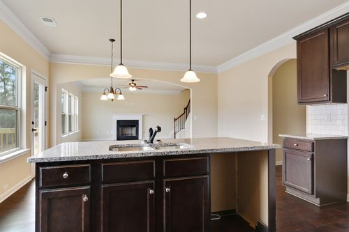 Kitchen-in-The Kendall I-at-Whispering Willows-in-Atlanta