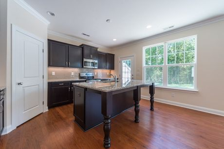 Kitchen-in-Cambridge-at-Knotts Builders – Brookline-in-Charlotte
