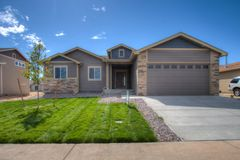 120 E Holly St (The Silverthorne)