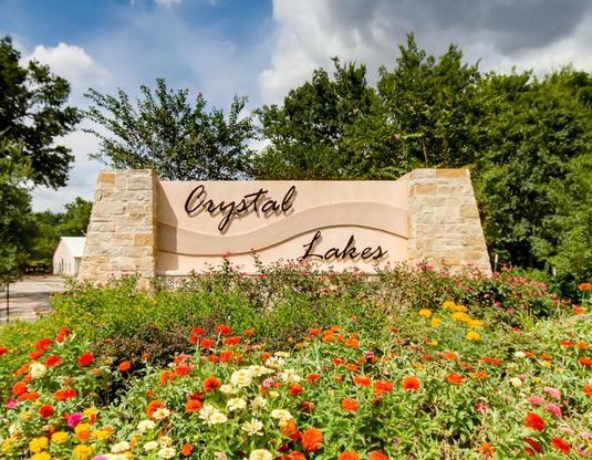 LGI Homes at Crystal Lakes:LGI Homes at Crystal Lakes