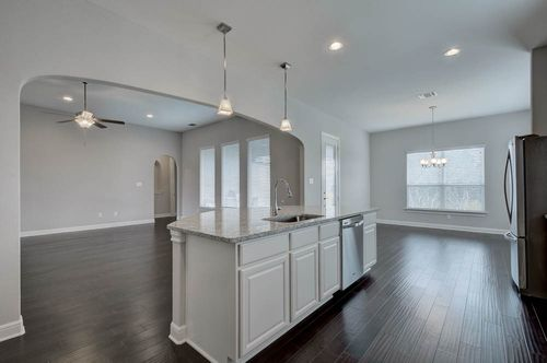 Kitchen-in-The Fairview-at-Potranco Ranch-in-Castroville