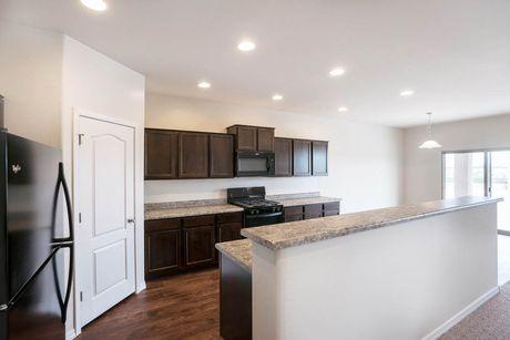 Kitchen-in-Cimarron-at-Rancho Mirage-in-Maricopa